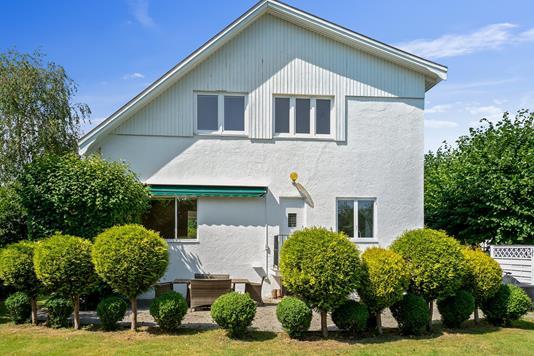 Villa på Bernstorffsvej i Charlottenlund - Set fra haven