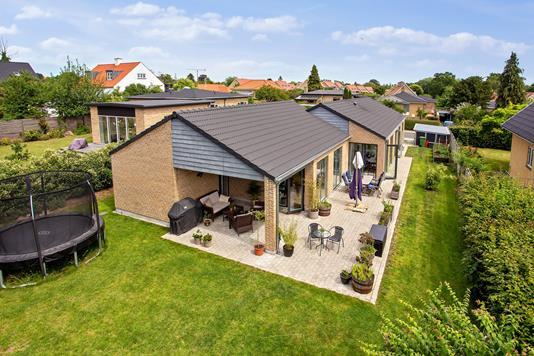 Villa på Agertoften i Gentofte - Set fra haven