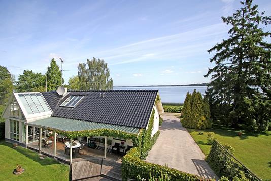 Villa på Pramvejen i Fredensborg - Ejendommen