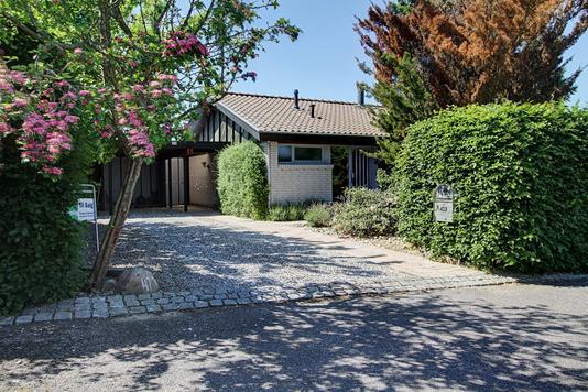 Villa på Maglegårdsvej i Fredensborg - Ejendommen
