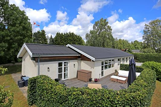 Villa på Vilhelmsro i Fredensborg - Ejendommen