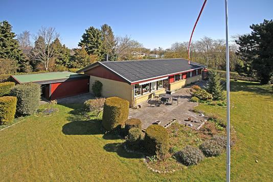 Villa på Stenbækgårdsvej i Fredensborg - Ejendommen
