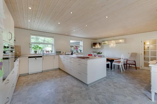 Villa på Tulipanvænget i Odense V - Køkken