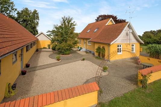 Villa på Espestok i Odense NV - Ejendommen