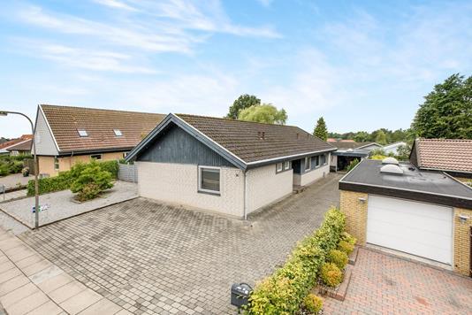 Villa på Ternevej i Odense NV - Ejendommen