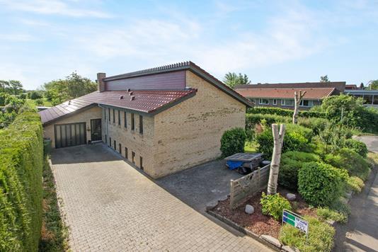 Villa på Egevej i Odense V - Ejendommen