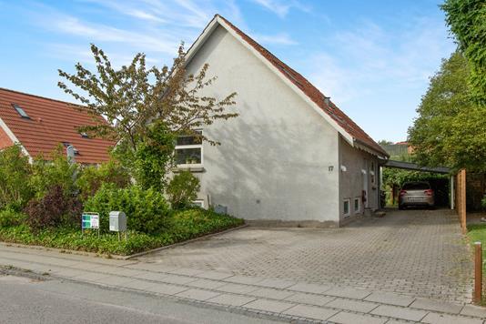 Villa på Saxovej i Odense NV - Ejendommen