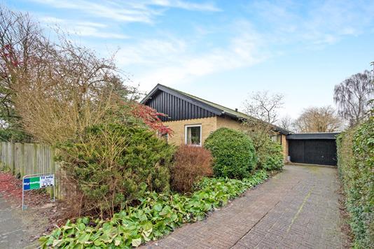 Villa på Lupinvej i Odense NV - Ejendommen
