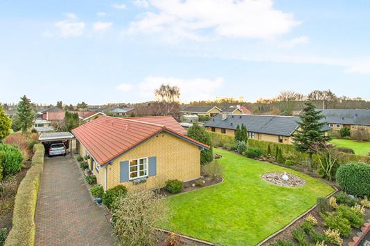 Villa på Gærdesmuttevej i Odense NV - Ejendommen