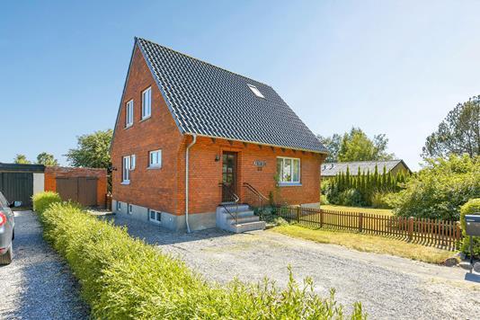 Villa på Paarupvej i Odense NV - Ejendommen