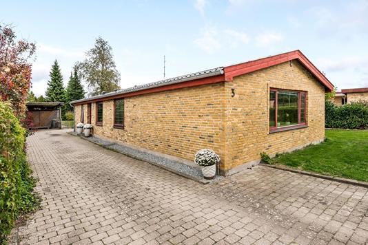 Villa på Engdalen i Odense NV - Ejendommen