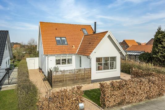 Villa på Roers Allé i Odense NV - Ejendommen