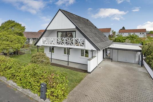 Villa på Rådyrløkken i Odense NV - Ejendommen