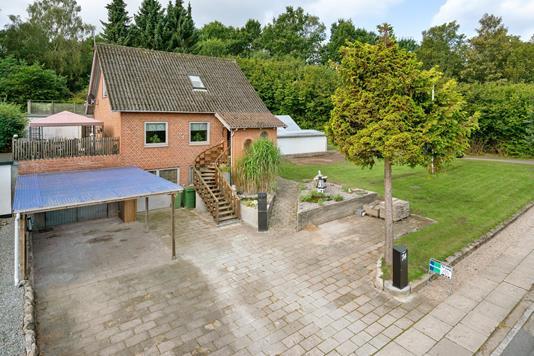 Villa på Spangsvej i Odense NV - Ejendommen