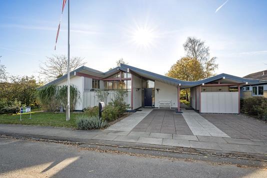 Villa på Capellavænget i Odense NV - Ejendommen