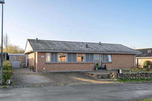 Villa på Spurvevej i Odense NV - Ejendommen