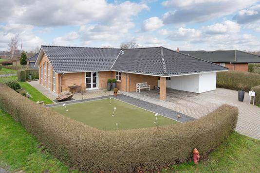Villa på Hvidtjørnvej i Odense V - Ejendommen