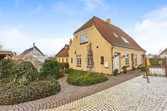 Villa på Banevænget i Odense N - Ejendommen