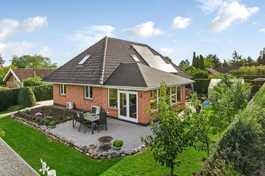 Villa på Kanefarten i Odense N - Ejendommen