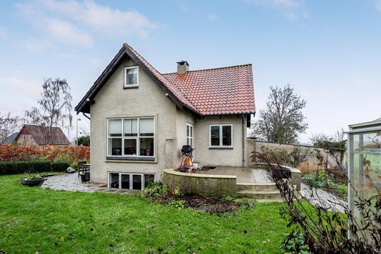 Villa på H.C. Lumbyes Vej i Odense N - Ejendommen