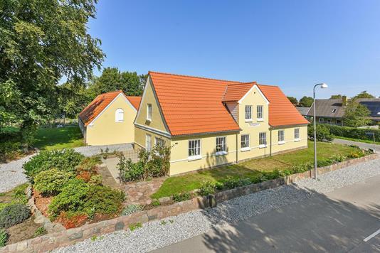 Villa på Dallundvej i Søndersø - Ejendommen