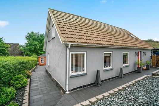 Villa på Lumby-Tårup-Vej i Odense N - Ejendommen