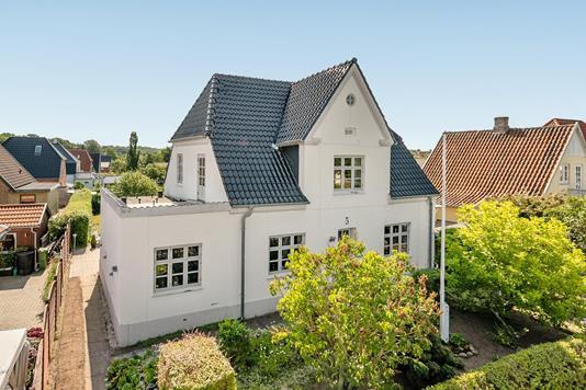 Villa på Højvang i Odense N - Ejendommen