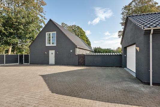 Villa på Æbleskivegyden i Odense N - Ejendommen