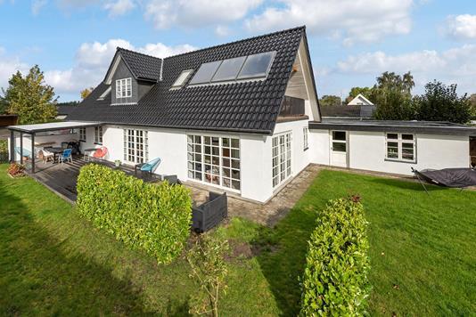 Villa på Søballevej i Odense N - Ejendommen