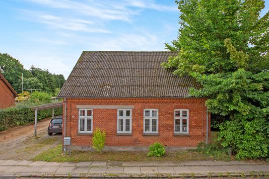 Villa på Sortebrovej i Tommerup - Ejendommen