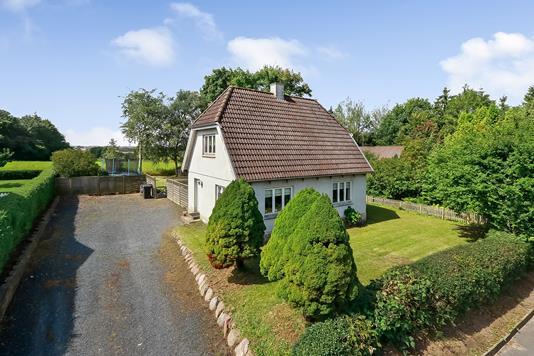Villa på Knarreborgvej i Tommerup - Ejendommen
