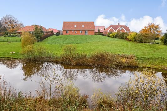 Villa på Lyngmosen i Vissenbjerg - Ejendommen