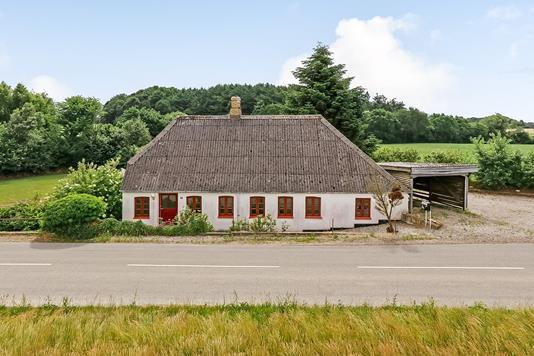 Villa på Langstedvej i Tommerup - Ejendommen