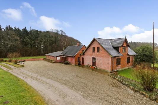 Villa på Roldvej i Vissenbjerg - Ejendommen