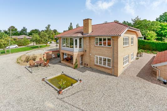 Villa på Plantagevej i Morud - Ejendommen