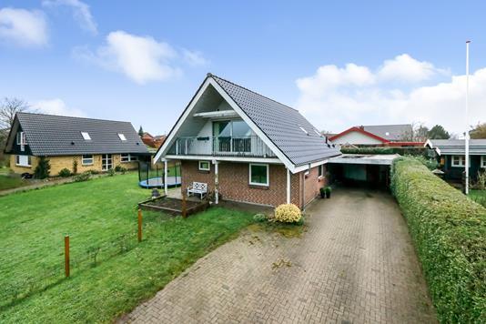 Villa på Kløvermarken i Vissenbjerg - Ejendommen