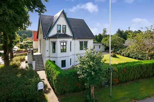 Villa på Lindealle i Tommerup - Facade