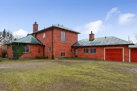 Villa på Fruerhøjvej i Brenderup Fyn - Ejendommen
