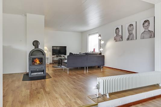 Villa på Kirkebjerg i Tommerup - Stue
