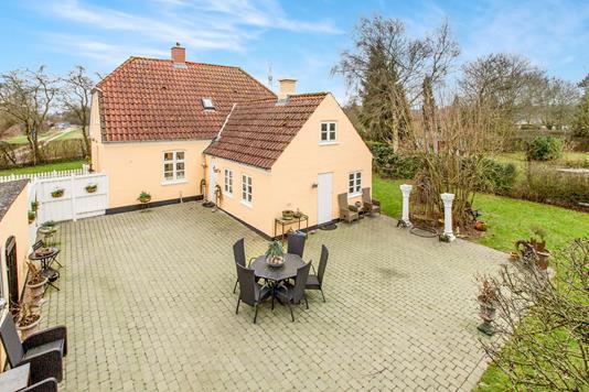 Villa på Krumtappen i Odense S - Ejendommen