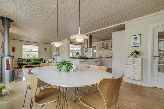 Villa på Tinas Allé i Odense SV - Alrum