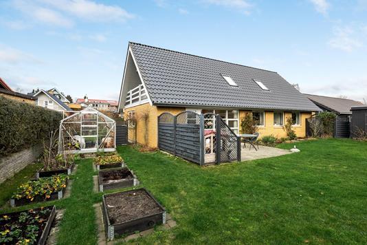Villa på Lillekrog i Ringe - Ejendommen