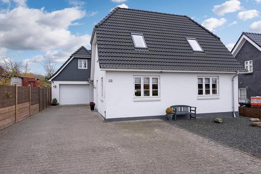 Villa på Vestergade i Vissenbjerg - Ejendommen