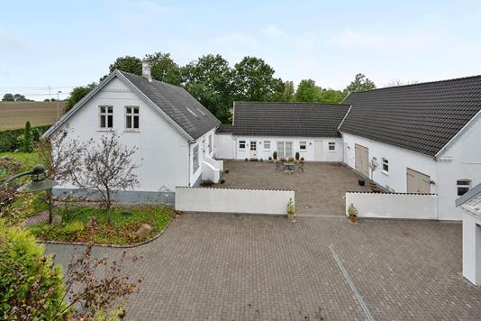 Villa på Faaborgvej i Odense SV - Ejendommen