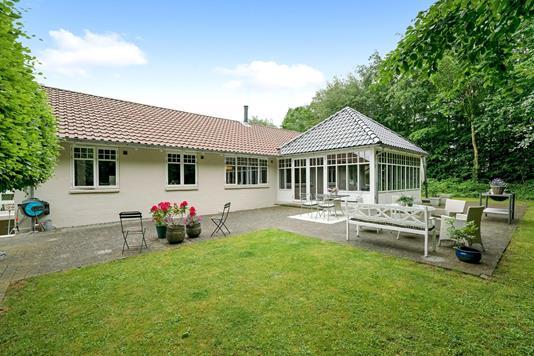 Villa på Sparretornvej i Odense M - Ejendommen