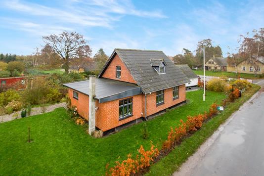 Villa på Hessum Bygade i Otterup - Ejendommen