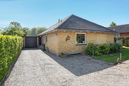 Villa på Gl Skolevej i Otterup - Ejendommen