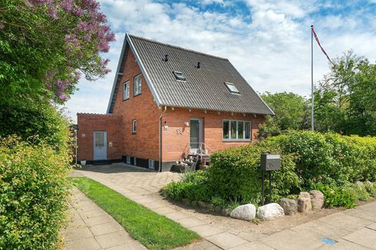 Villa på Langelinie i Otterup - Ejendommen