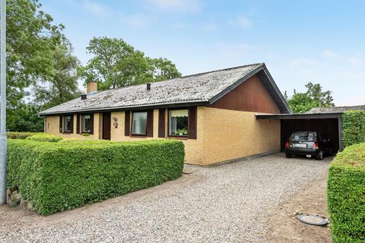Villa på Stenøvej i Otterup - Ejendommen
