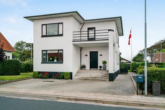 Villa på Æbeløgade i Bogense - Ejendommen